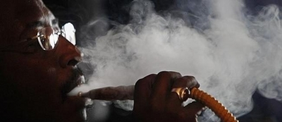 Is this the end of shisha? New smoking laws may snuff out Middle Eastern water pipes in outdoor cafe