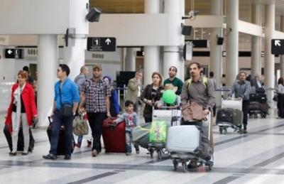 Tourist arrivals to Lebanon unhurt by trash crisis