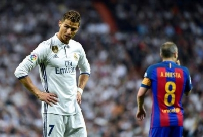 Ronaldo 'Doesn't Look Worried about His Future'